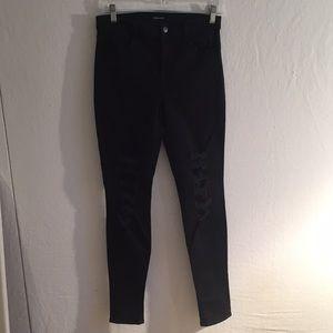 J Brand Maria sz 28 distressed jeans Black Heart